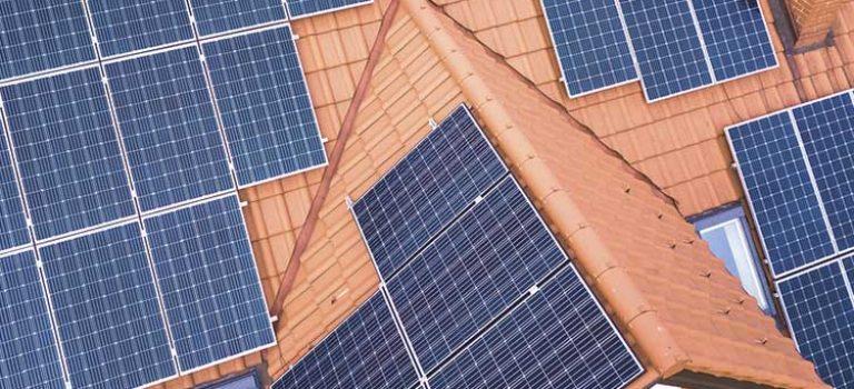 Welches Dach ist für eine Solaranlage geeignet?